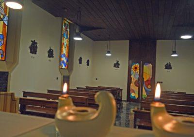 Scuola-Apostolica-Albino-08-cappella-della-comunita (2)