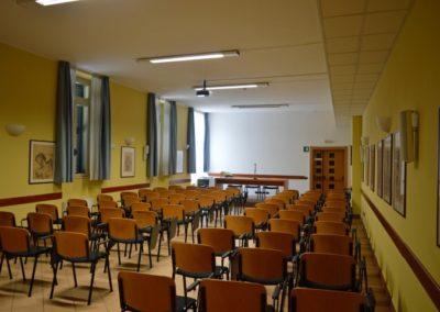 Scuola-Apostolica-Albino-10-sala-riunioni (2)